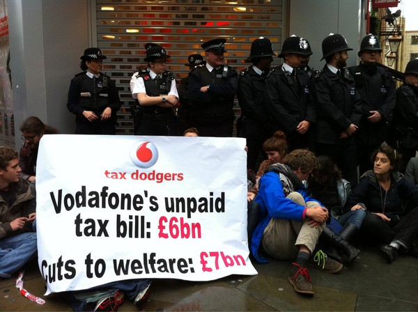Police Vodafone protesters oxford street