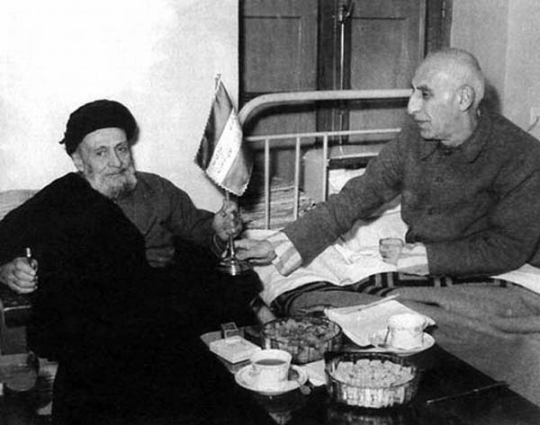 Ayatollah Kashani and Mosaddegh