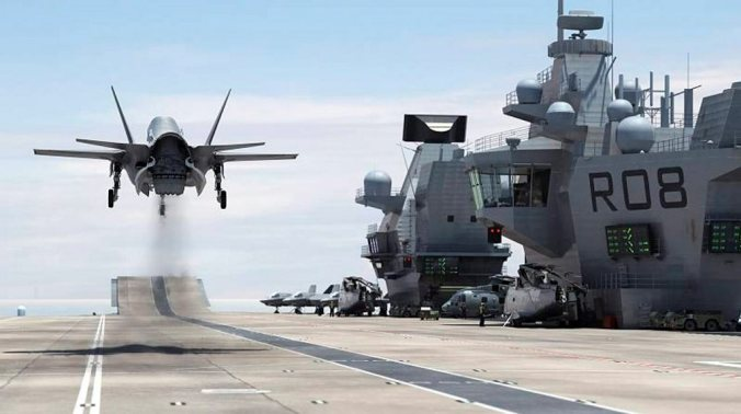 F-35B-on-Royal-Navy-carrier-HMS-Queen-Elizabeth-UK DoD cgi 2014
