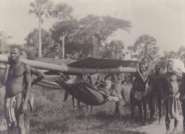Christian Thams, a Norwegian diplomat and financier, upon a visit to Beira, Sofala, around the time of the war.