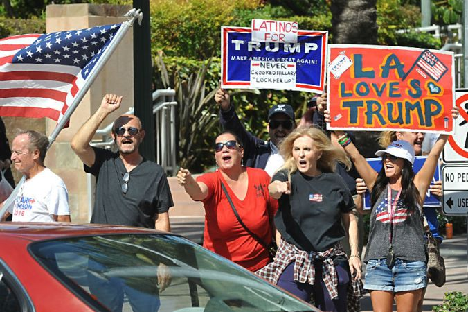 trump-supporters-in-la