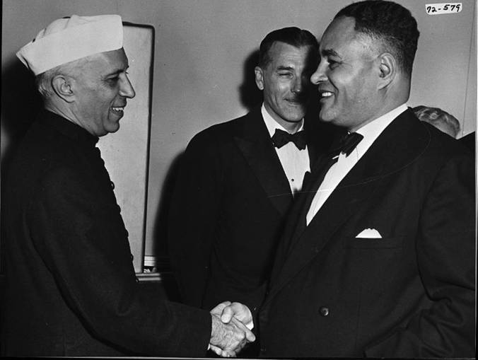 Bunche meets Nehru on his visit to the United States, 1949